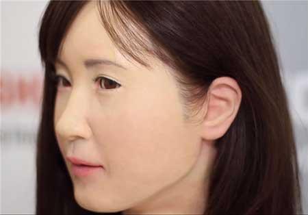 رونمایی ربات انسان نما ویژه ناشنوایان + عکس