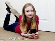 دانلودهای عجیب دخترک 10 ساله ای پدرش را شوکه کرد! +عکس