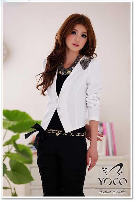 مدل های شیک و رسمی کت سفید دخترانه