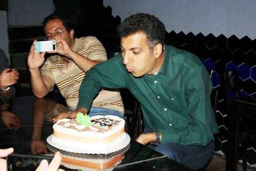 عکس جشن تولد عادل فردوسی پور در ۴۰ سالگی
