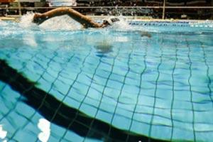 شنا کردن ورزشی مناسب برای حفظ تعادل سالمندان