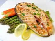 پخت نادرست ماهی باعث فلج شدن اعضای یک خانواده شد!