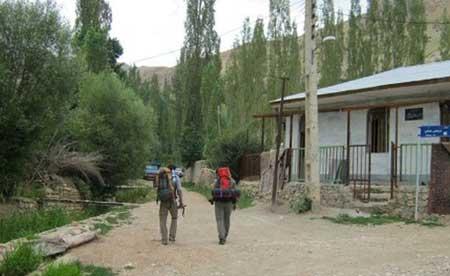 نگاهی بر جاذبه های گردشگری روستای لَزور + عکس