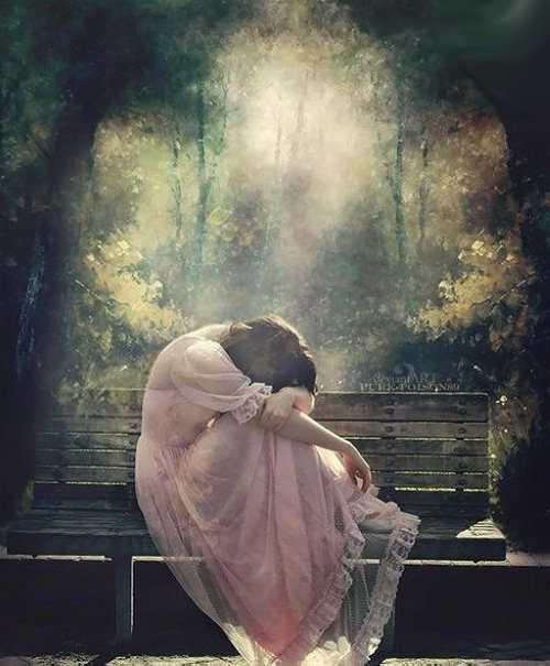 عکس های عاشقانه و احساسی از دختران غمگین