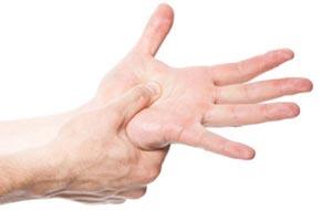 مهم ترین دلایل خواب رفتن دست و پاها