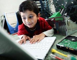 جوان ترین نابغه کامپیوتر جهان