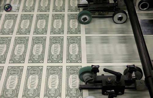 عکس هایی جالب از تمامی مراحل چاپ اسکناس های دلار