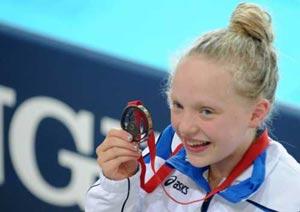 شکست رکورد شنای پروانه توسط دختر 13 ساله اسکاتلندی!