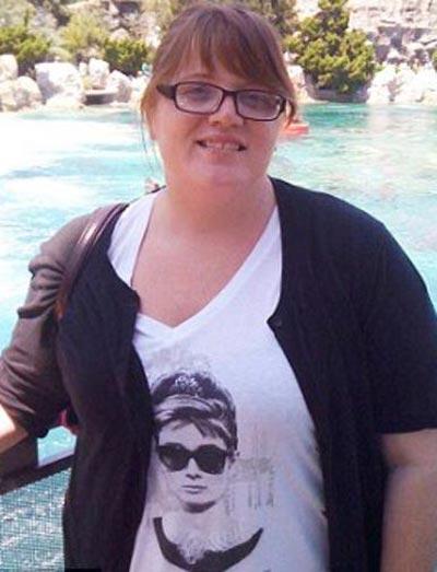 مادری که فرزند خود را از پل پرت کرد! +عکس