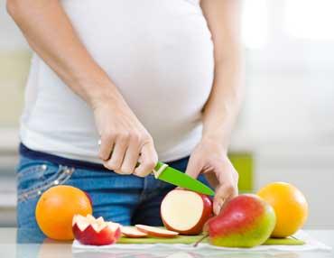 راهنمای مناسب تغذیه دوران بارداری از اولین ماه تا آخرین ماه
