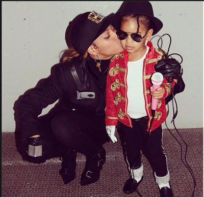 شباهت باورنکردنی دختر خواننده معروف به پدرش +عکس