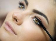نحوه صحیح ریمل زدن برای داشتن چشمان زیبا