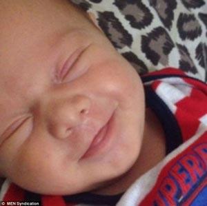 شادترین کوچولوی دنیا متولد شد! +عکس