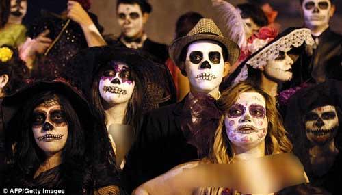 بانوی مردگان در جشن هالوین!+عکس