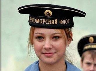 نزدیکی دختران روسی به سربازان انگلیسی به خاطر جاسوسی