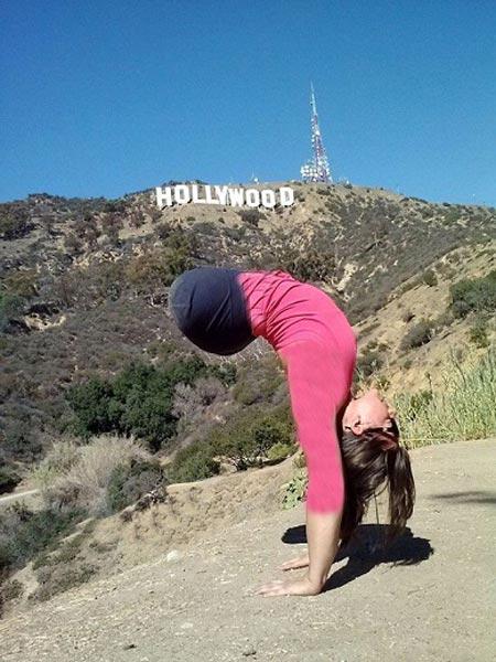 ژیمناستیک بازی خانم بدون پا! +عکس