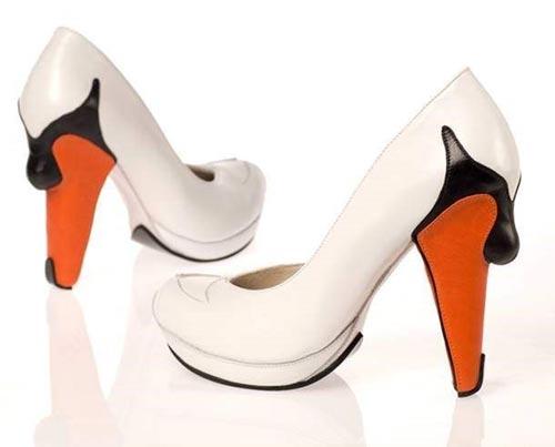 عکس های جالب عجیب ترین کفش های زنانه
