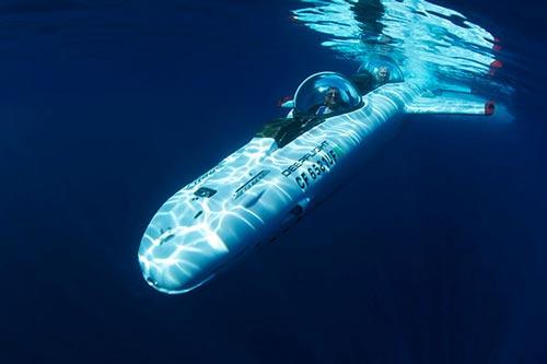 عکس های جالب و دیدنی زیر دریایی برقی