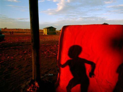 چشم اندازهایی دیدنی از سراسر جهان به رنگ سرخ