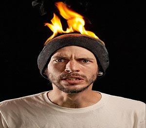 بدلکاران چطور خود را آتش ميزنند؟