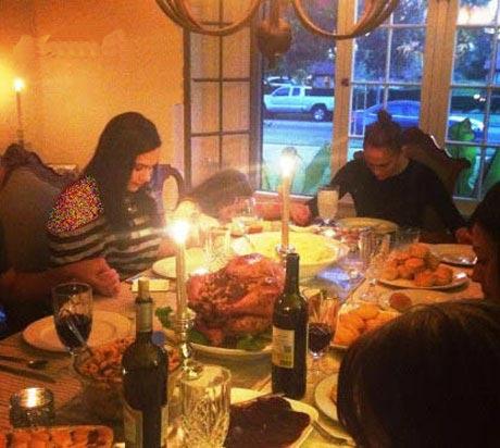 """""""جنیفر لوپز"""" در مراسم روز شکرگذاری +عکس"""