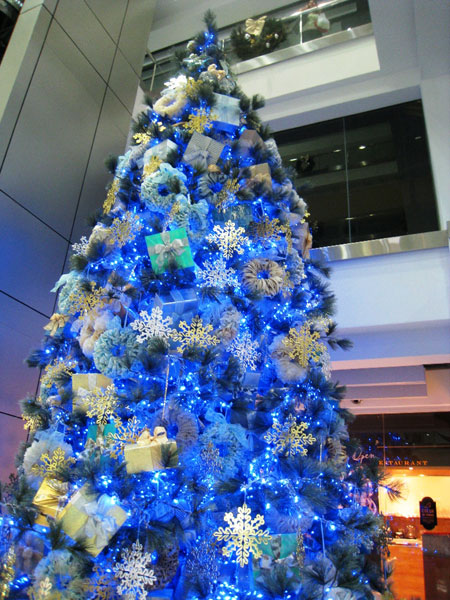نمونه هایی زیبا از تزیین درخت کریسمس سال 2019