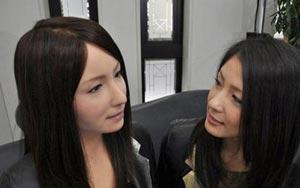 عکس های جالب دختران مصنوعی چینی!