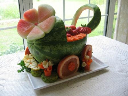 نمونه هایی از زیباترین تزیینات میوه مخصوص شب یلدا