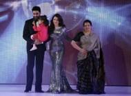 """عکس های جدید """"آیشواریا رای"""" در کنار دختر و همسرش"""