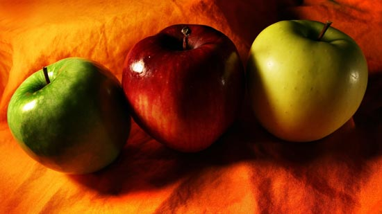 والپیپر های زیبای سیب