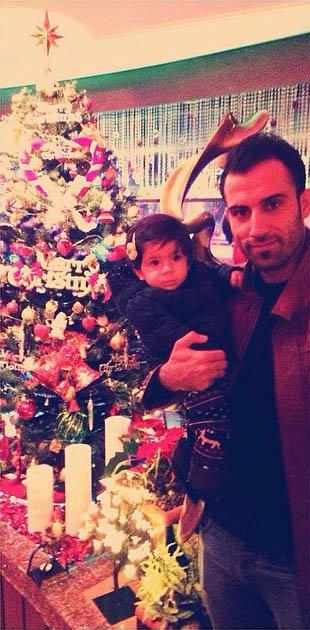 محمد قاضی  به همراه دخترش در جشن سال نو میلادی + عکس