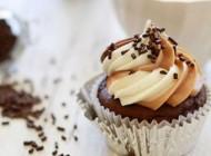 ایده ای جالب برای تزئین کاپ کیک های ساده
