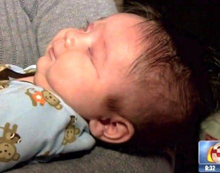 متولد شدن نوزادی بدون چشم در آمریکا!! +عکس