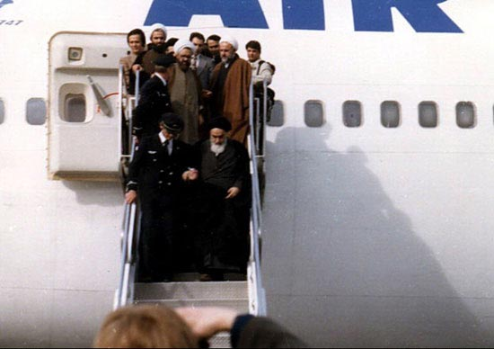 سرگذشت تاریخیترین فرود یک هواپیما در ایران +عکس