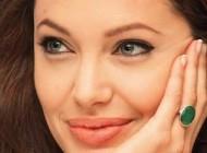 آرایش لبها به شیوه آنجلینا جولی