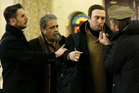 امین حیایی، سحر قریشی و لیلا اوتادی در فیلم «سه بیگانه در سرزمین ناشناخته»