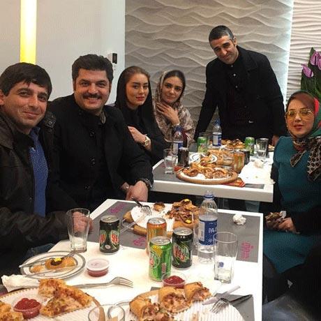مراسم شام دورهمی سام درخشانی در کنار بازیگران معروف +عکس