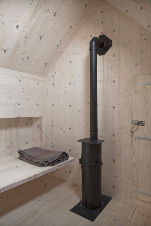 طرح های جالب کابین چوبی پنهان در دل سنگ