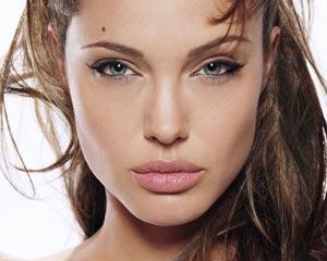 دلایل خداحافظی آنجلینا جولی از دنیای بازیگری +عکس