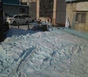 عکس های جالب بارش برف به رنگ آبی!