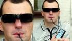 سرباز کوری که به کمک استفاده زبانش نگاه می کند!!