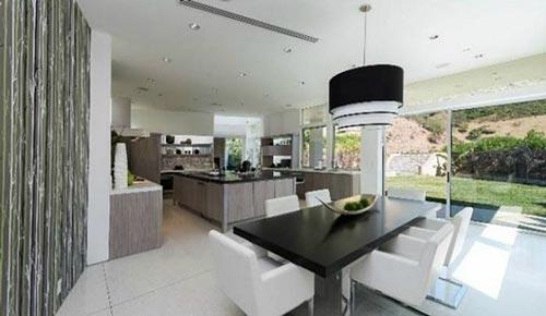 منزل جدید جاستین بیبر چه شکلی است؟ +عکس