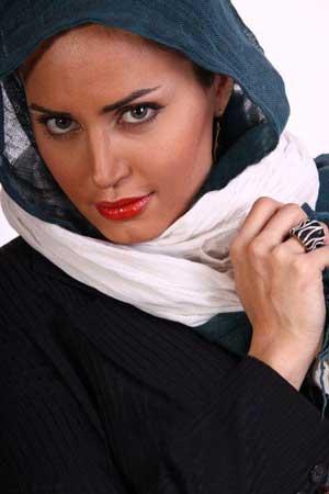 تبریک بسیار زیبای الناز شاکردوست در عید نوروز 1394 +عکس