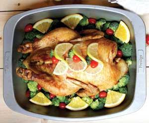 طرز تهیه مرغ شکم پُر با سس مركبات