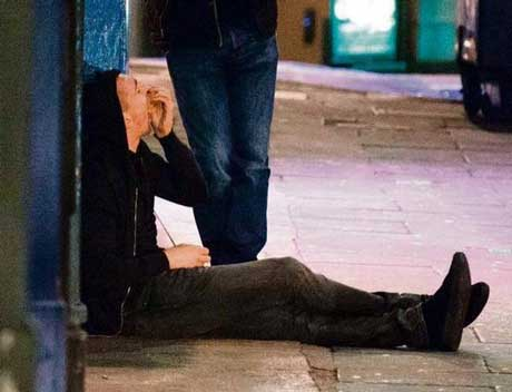 عکس های لو رفته از بازیکن فوتبال در حالت غیر طبیعی در خیابان!