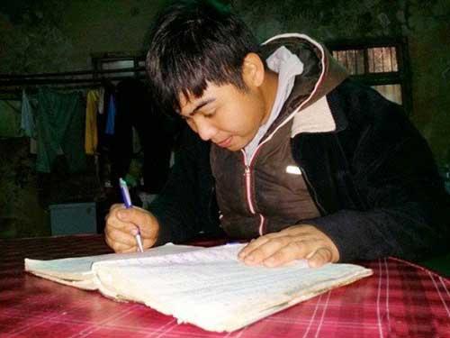 این مرد تایوانی تنها ۵ دقیقه حافظه دارد! +عکس