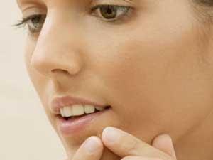 قدم به قدم برای پاکسازی پوست در منزل