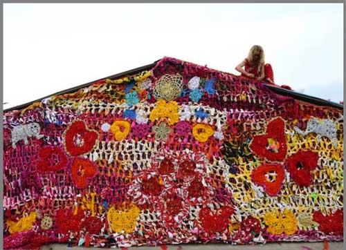 عکس های دیدنی خانه بافتنی مخصوص زنان بی خانمان