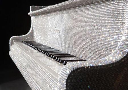تصاویر پیانوی کریستالی میلیارد دلاری شیخ قطری