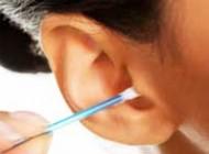 دلایل مهم برای اینکه داخل گوش را تمیز نکنید